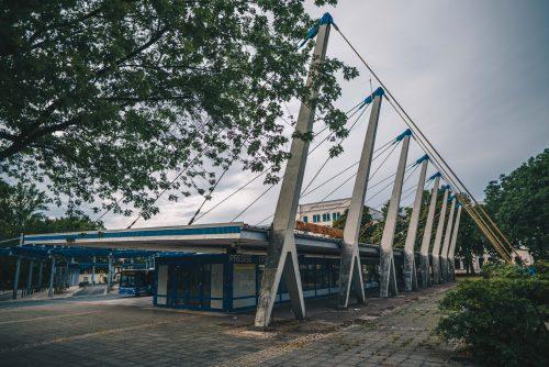 urbanophil-chemnitz.busbahnhof-pylonendach-uhlmann